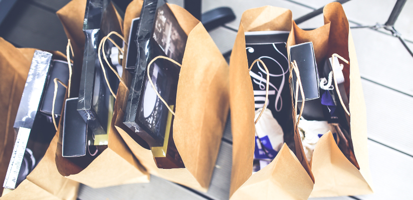 Brown shopping bags_Kaboompics_com