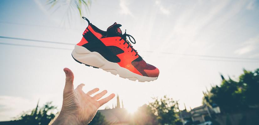 76566812ceb941 Sezon na obuwie – kiedy najlepiej polować na reklamy butów? | Shoper